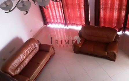 executive-5-bedroom-house-with-swimming-pool-for-sale-in-east-legon