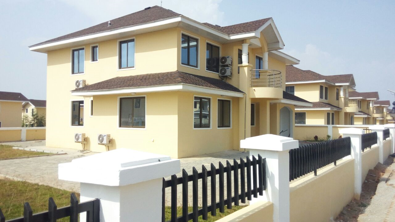 Newly Built 4 Bedroom In Secured Estate Fortune City